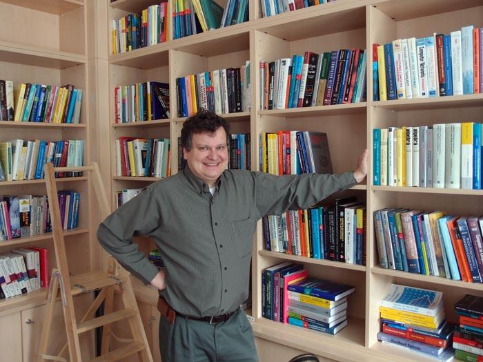 Thomas Henzinger to receive Royal Society Award