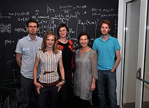 The Federal Minister for Woman and the Civil Service, Gabriele Heinisch-Hosek, with (from left) PhD Students Sebastian Novak and Magdalena Steinrück and Postdocs Janina Kowalski and Philipp Schönenberger