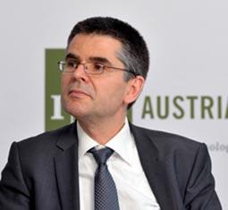 IST Austria Professor Peter Jonas