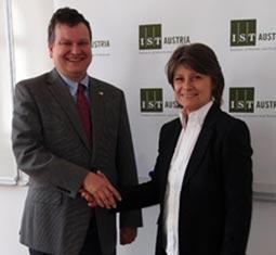 MP Andrea Kuntzl visits IST Austria