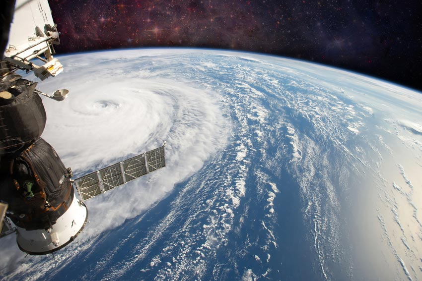 Using satellite images like this one of Hurricane Harvey, taken on the International Space Station (ISS), researchers are studying the climate on our warming planet. © Shutterstock/NASA Images
